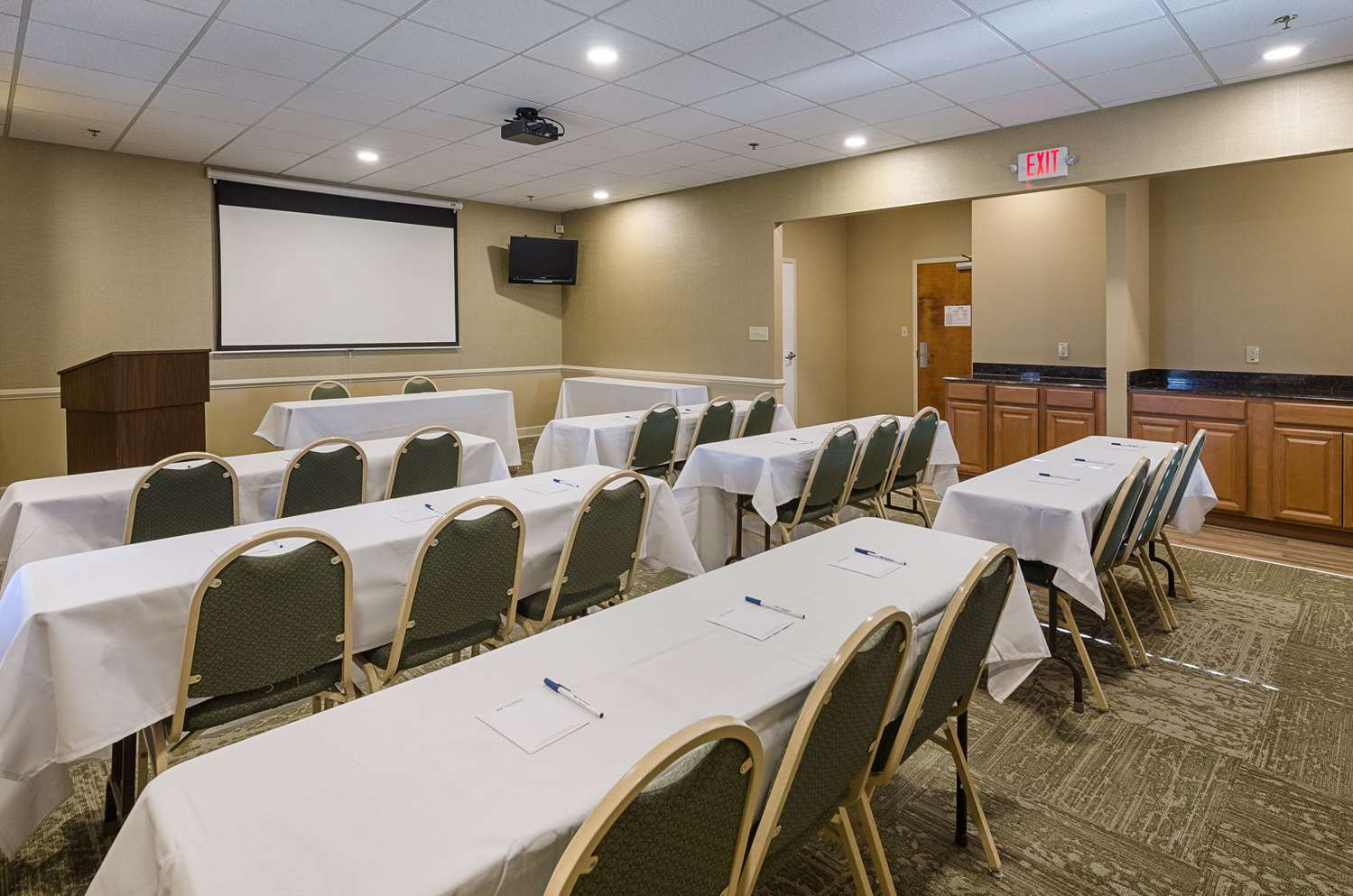 Meeting Facilities - Best Western Plus Valley View Inn Roanoke