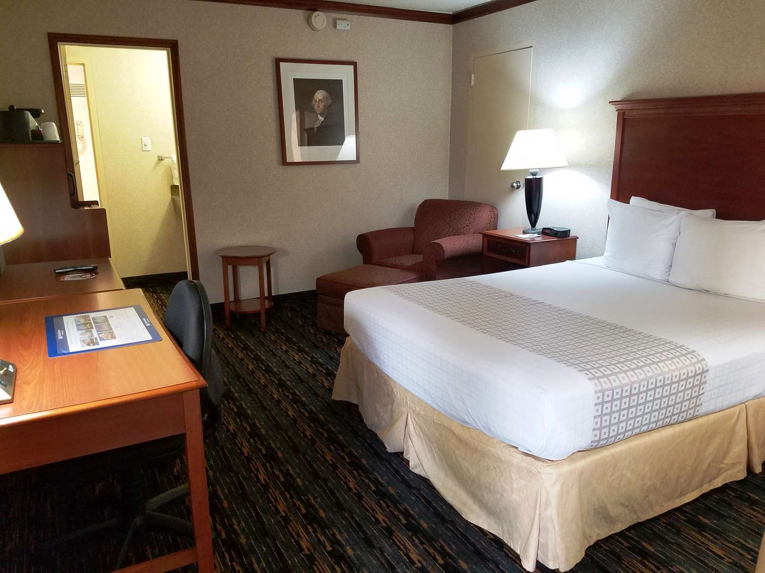 Room - Best Western Fairfax Hotel