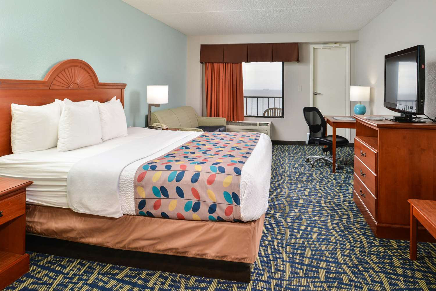 Amenities - Best Western Plus Holiday Sands Inn & Suites Norfolk