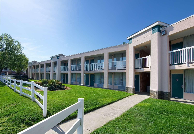 Exterior view - Best Western Lexington Inn