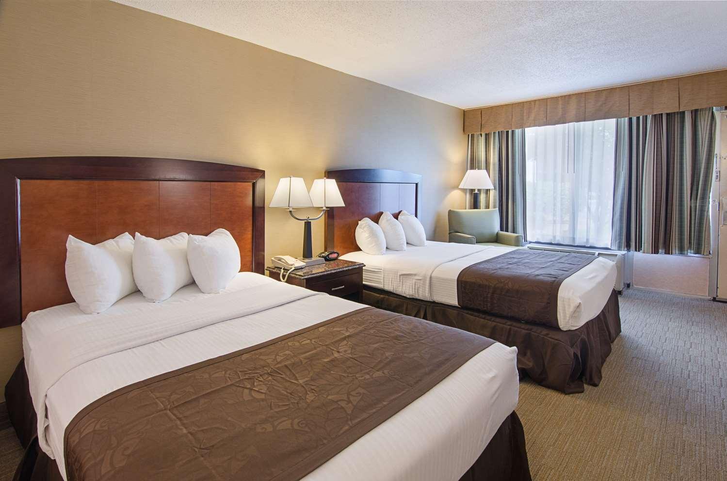 Room - Best Western Lexington Inn
