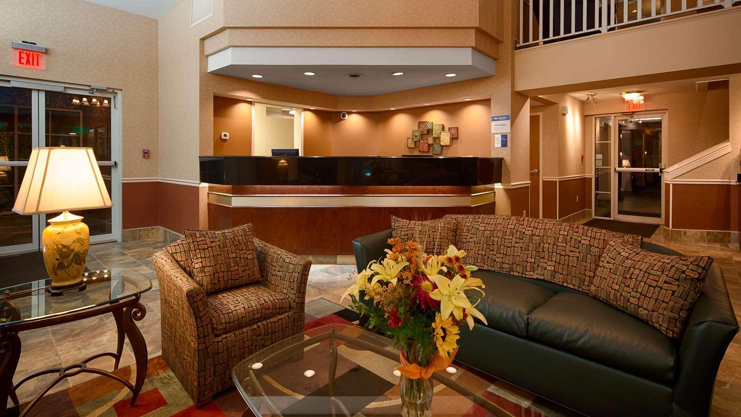 Lobby - Best Western Lexington Inn