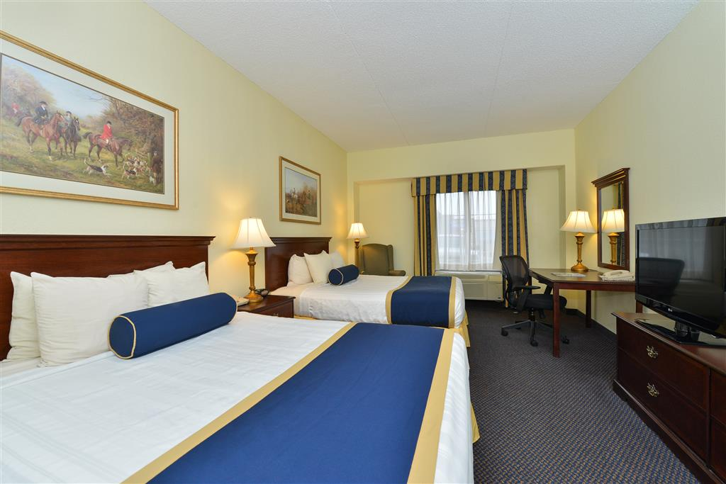 Book Now Best Western Plus Crossroads Inn & Suites (Gordonsville, United States). Rooms Available for all budgets. A heated pool free breakfast on-site restaurant and well-equipped non-smoking rooms are among the top features at the Best Western Plus Crossroads Inn & Suites. This four-stor