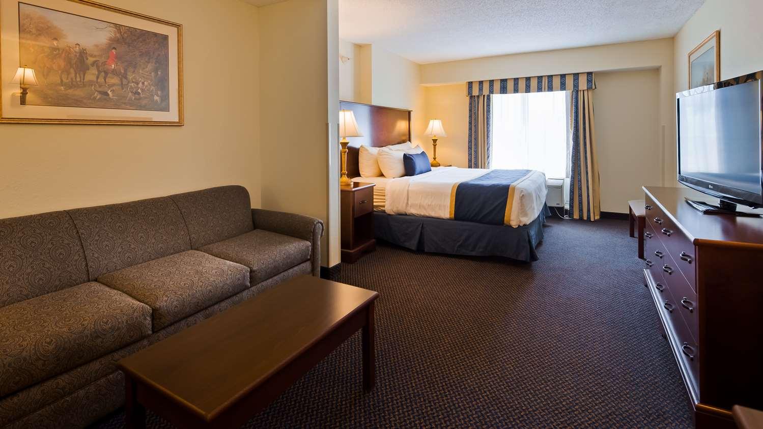 Best Western Plus Crossroads Inn & Suites Gordonsville, VA - See ...