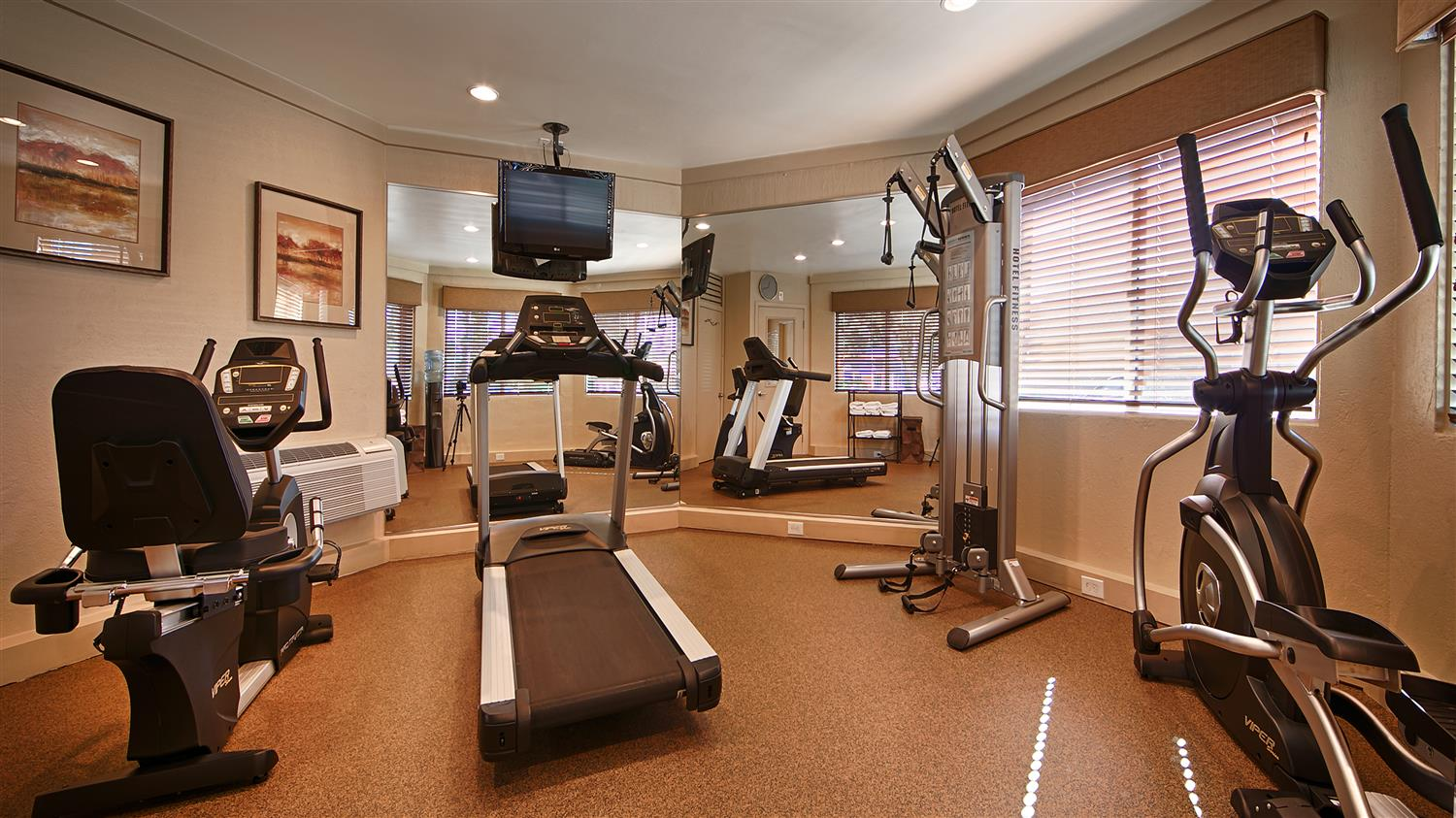 Fitness/ Exercise Room - Best Western Aladdin Inn Kelso