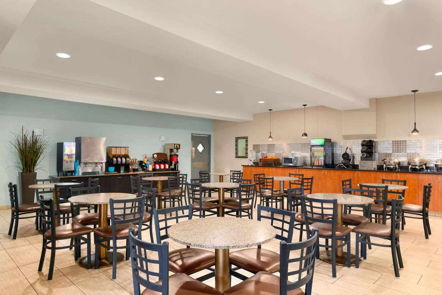 Restaurant - Best Western Plus Peppertree Airport Inn Spokane
