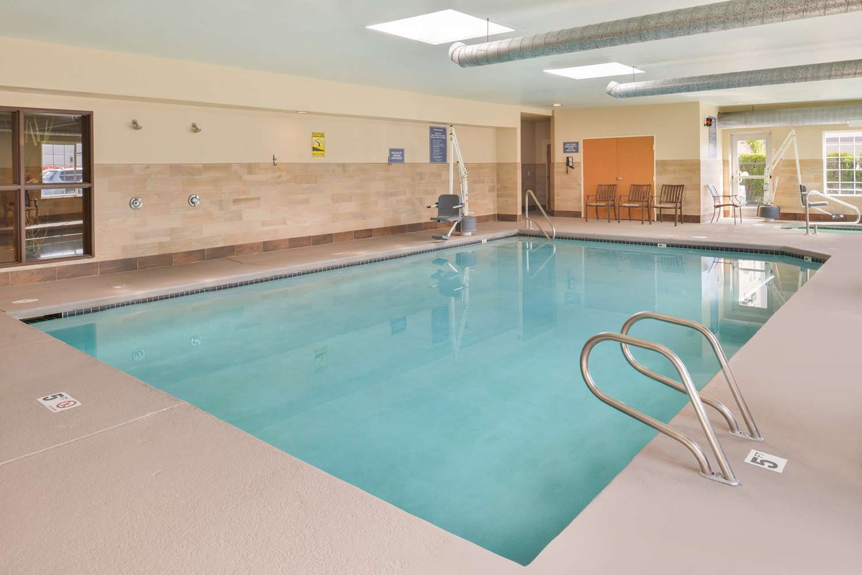 Pool - Best Western Plus Mountain View Auburn Inn
