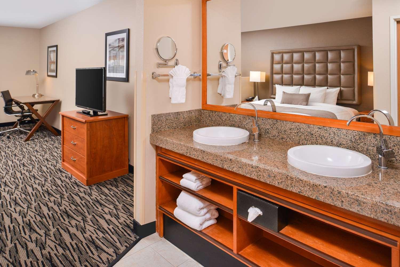 Room - Best Western Plus Mountain View Auburn Inn