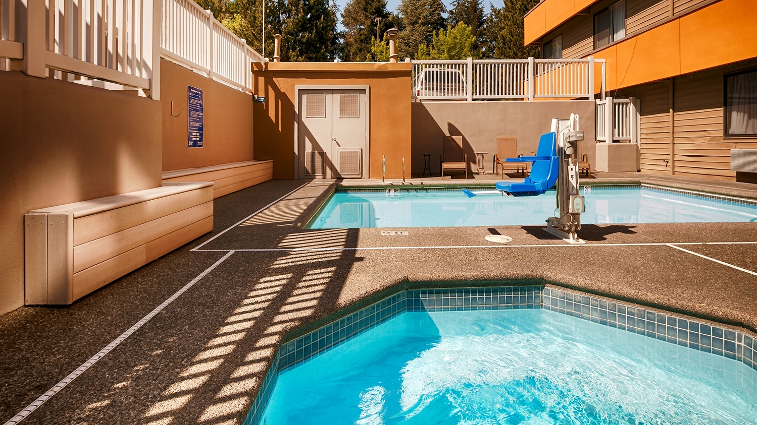 Pool - Best Western Alderwood Inn Lynnwood