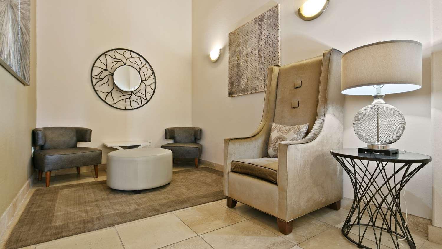 Lobby - Best Western Plus Battle Ground Inn & Suites