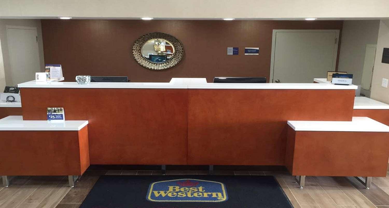 Lobby - Best Western Mountaineer Inn Morgantown