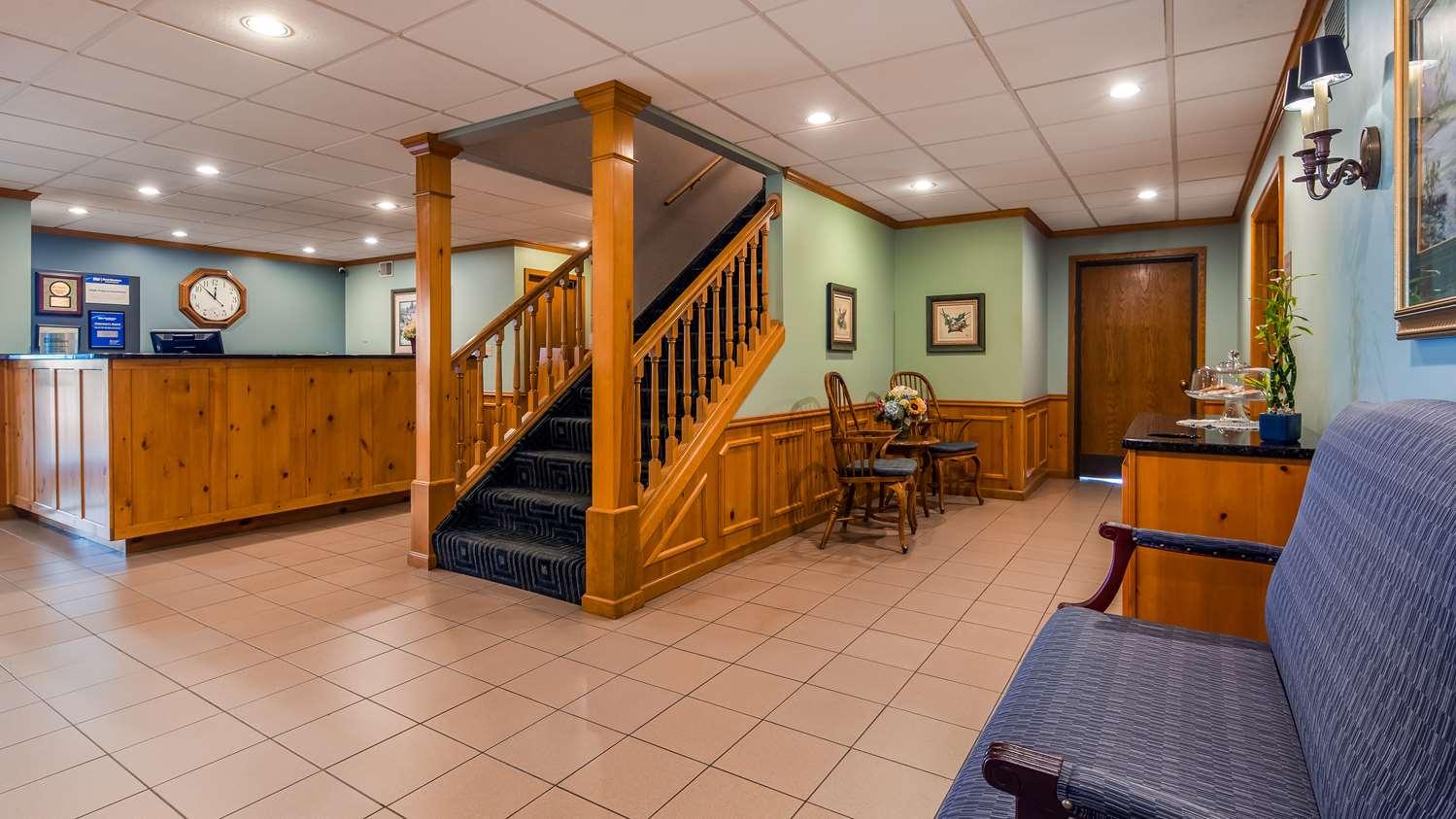 Lobby - Best Western Rice Lake Inn
