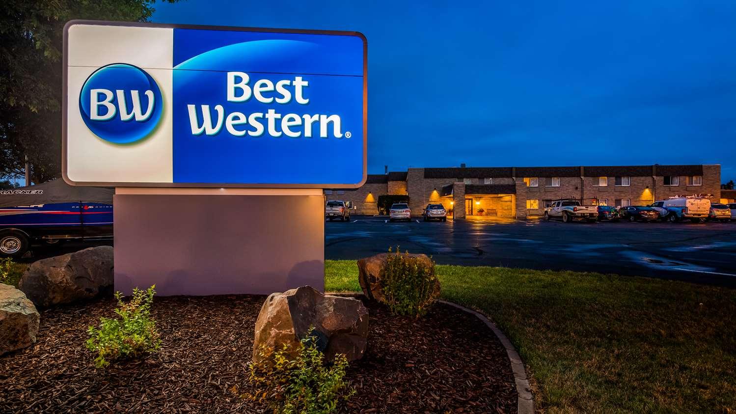 Exterior view - Best Western Rice Lake Inn