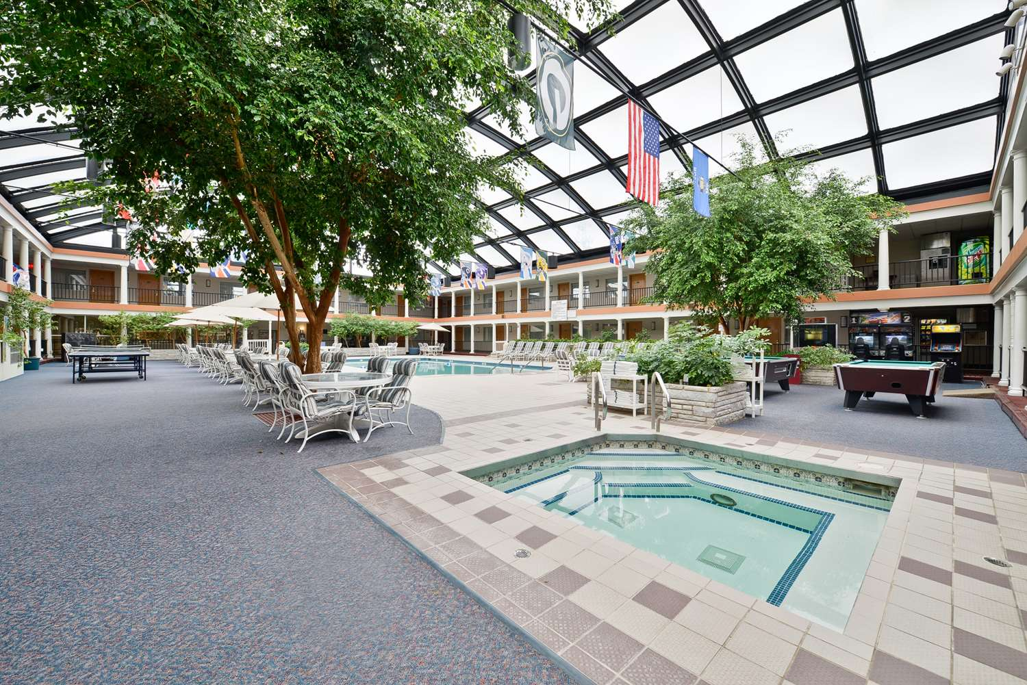 Pool - Best Western Green Bay Inn and Conference Center