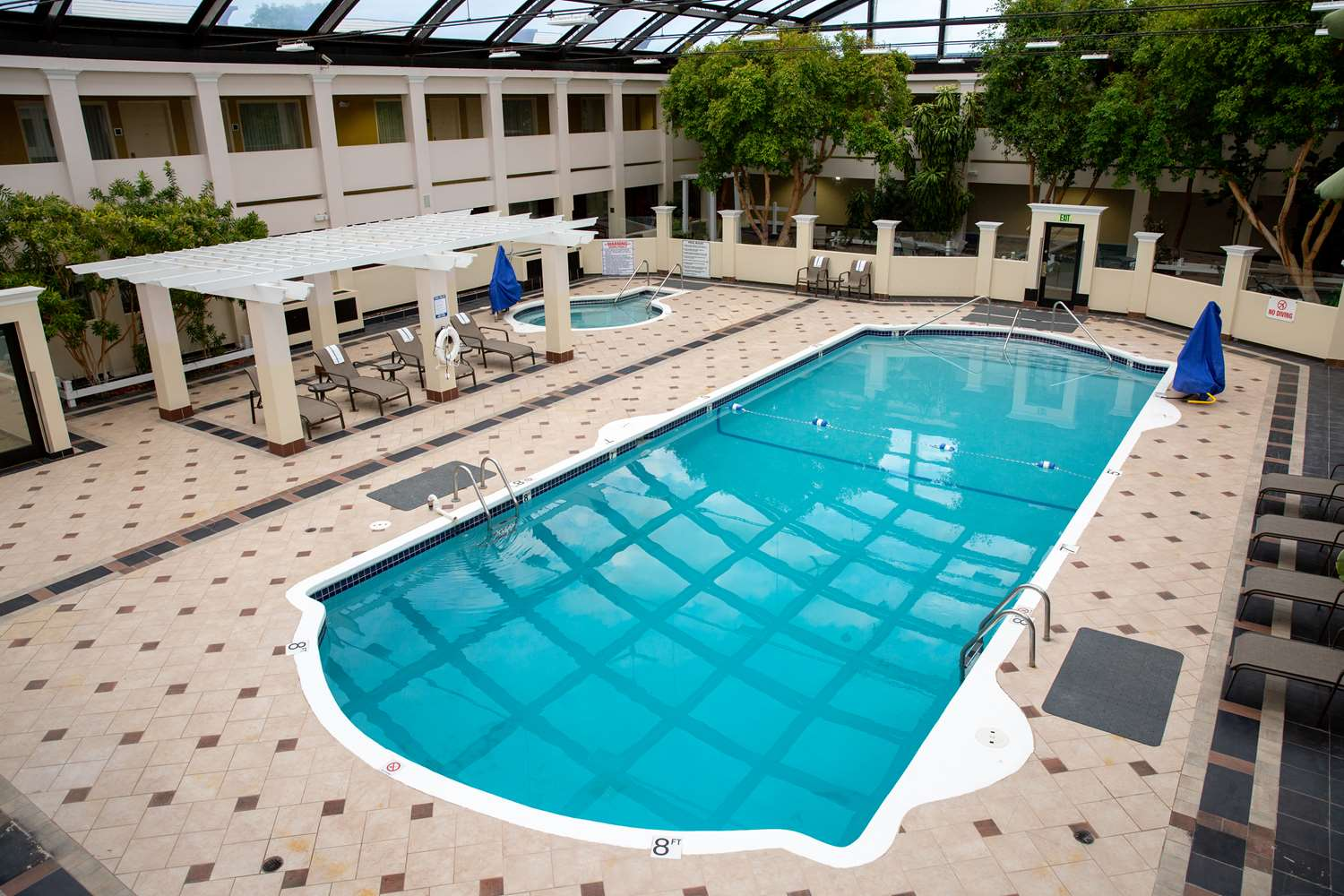 Pool - Best Western Plus Milwaukee Airport Hotel
