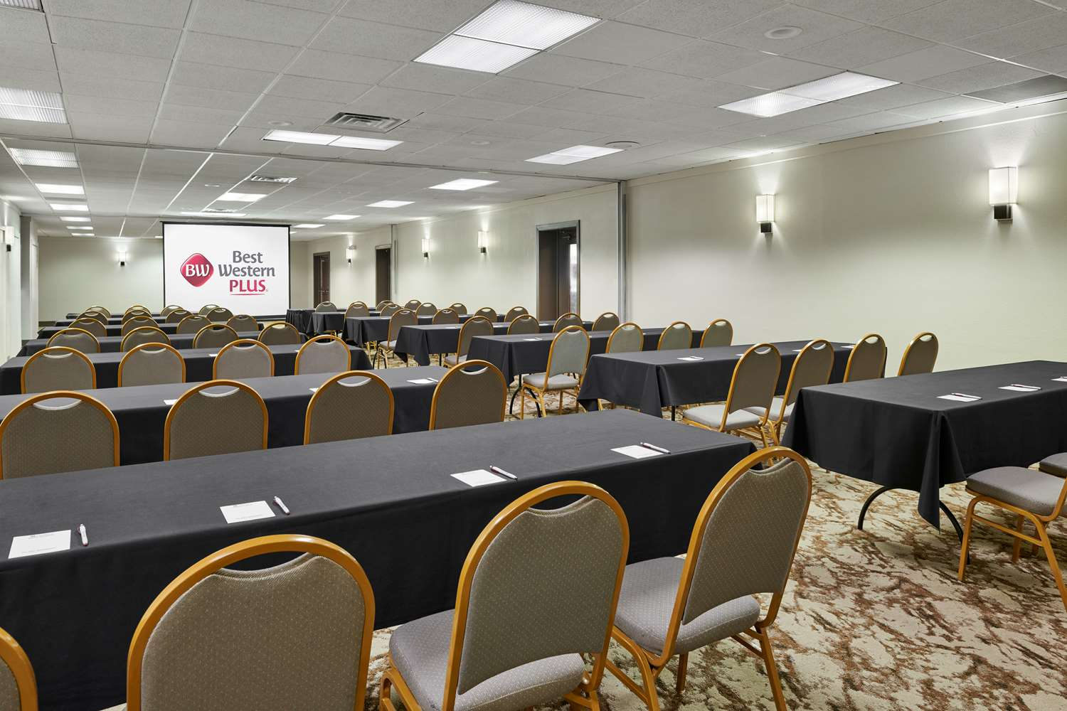Meeting Facilities - Best Western Plus Milwaukee Airport Hotel