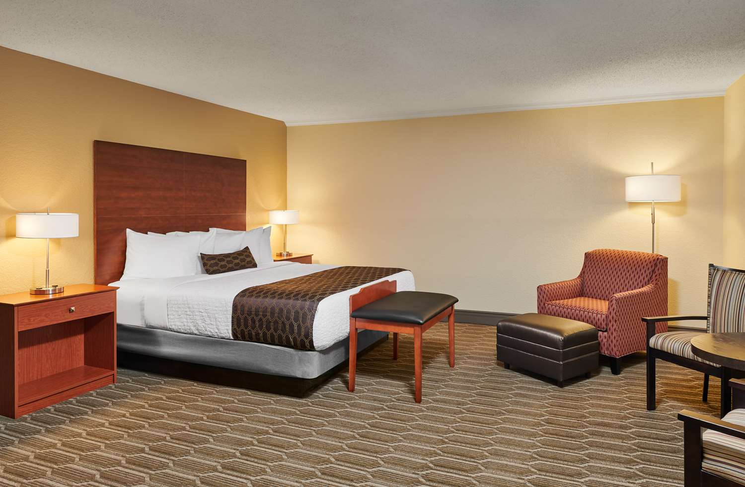 Suite - Best Western Plus Milwaukee Airport Hotel