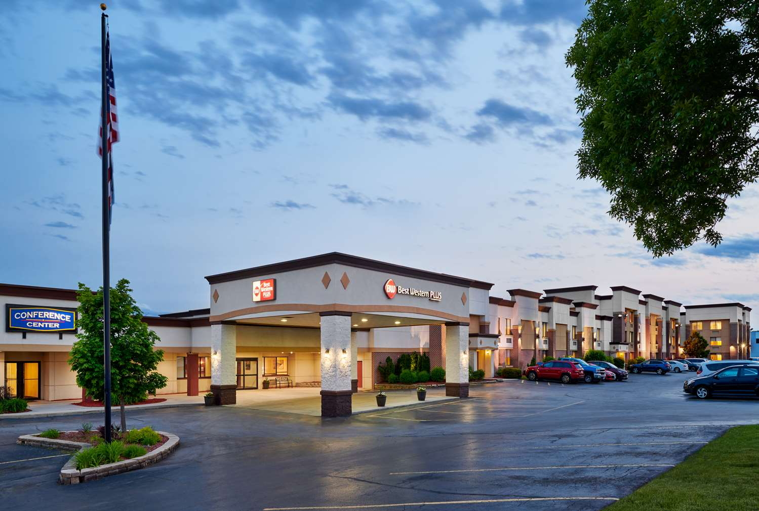 Exterior view - Best Western Plus Milwaukee Airport Hotel