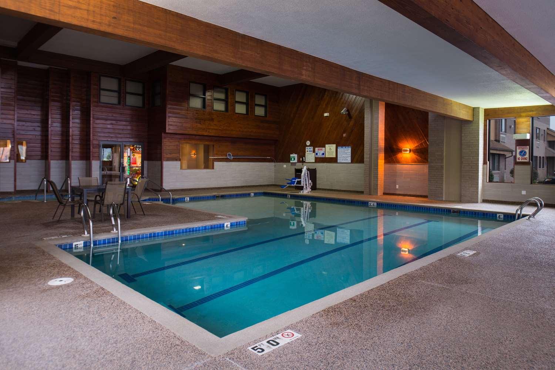 Pool Best Western Ambador Inn Wisconsin Dells