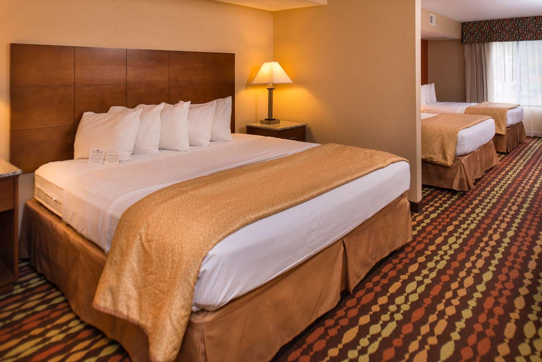 Room - Best Western Ambassador Inn Wisconsin Dells