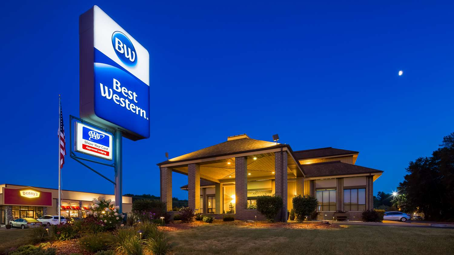 Exterior view - Best Western Ambassador Inn Wisconsin Dells