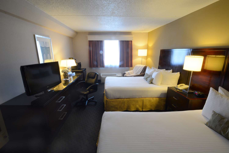 Room - Best Western Riverfront Inn Marinette