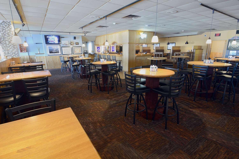 Restaurant - Best Western Riverfront Inn Marinette