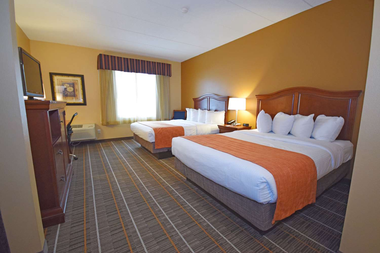 Room - Best Western Resort Hotel Conference Ctr Portage