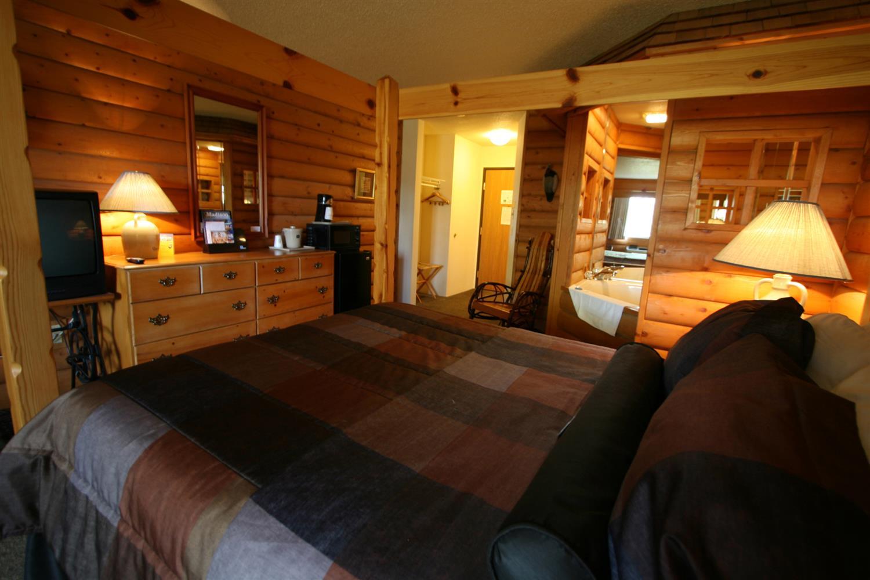 Pool - Best Western Dodgeville Inn & Suites