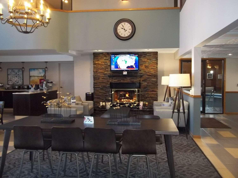 Lobby - Best Western Park Oasis Inn Mauston
