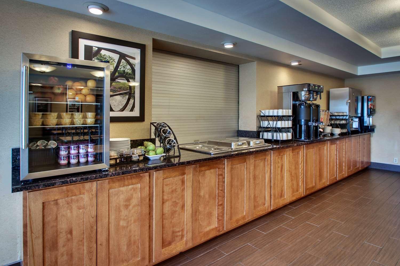 Restaurant - Best Western East Towne Suites Madison