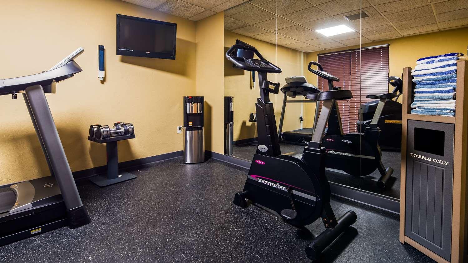 Fitness/ Exercise Room - Best Western Waukasha Grand Inn Pewaukee