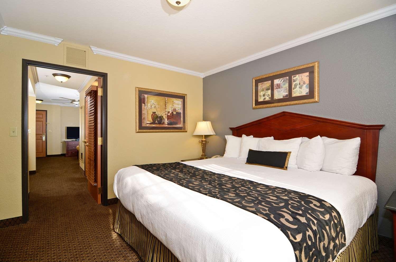 Best Western Premier Bridgewood Resort Neenah Wi See