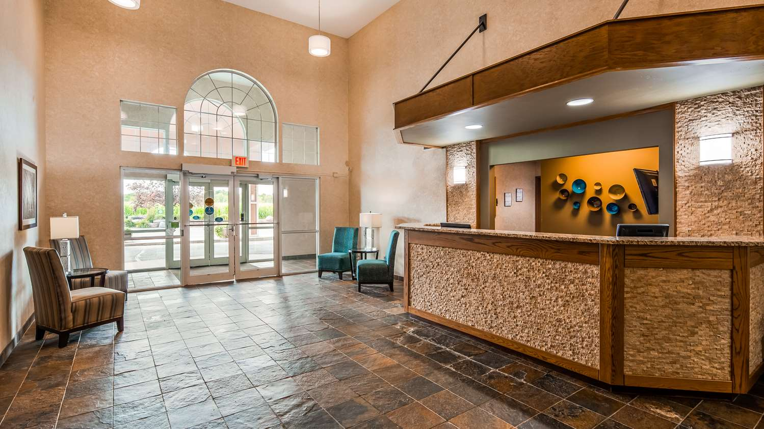 Lobby - Best Western Wittenberg Inn