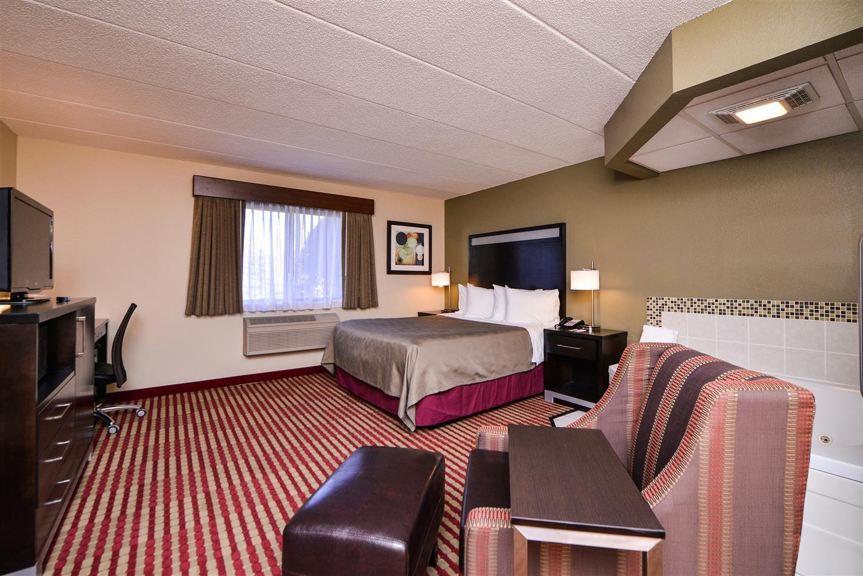 Room - Best Western Germantown Inn