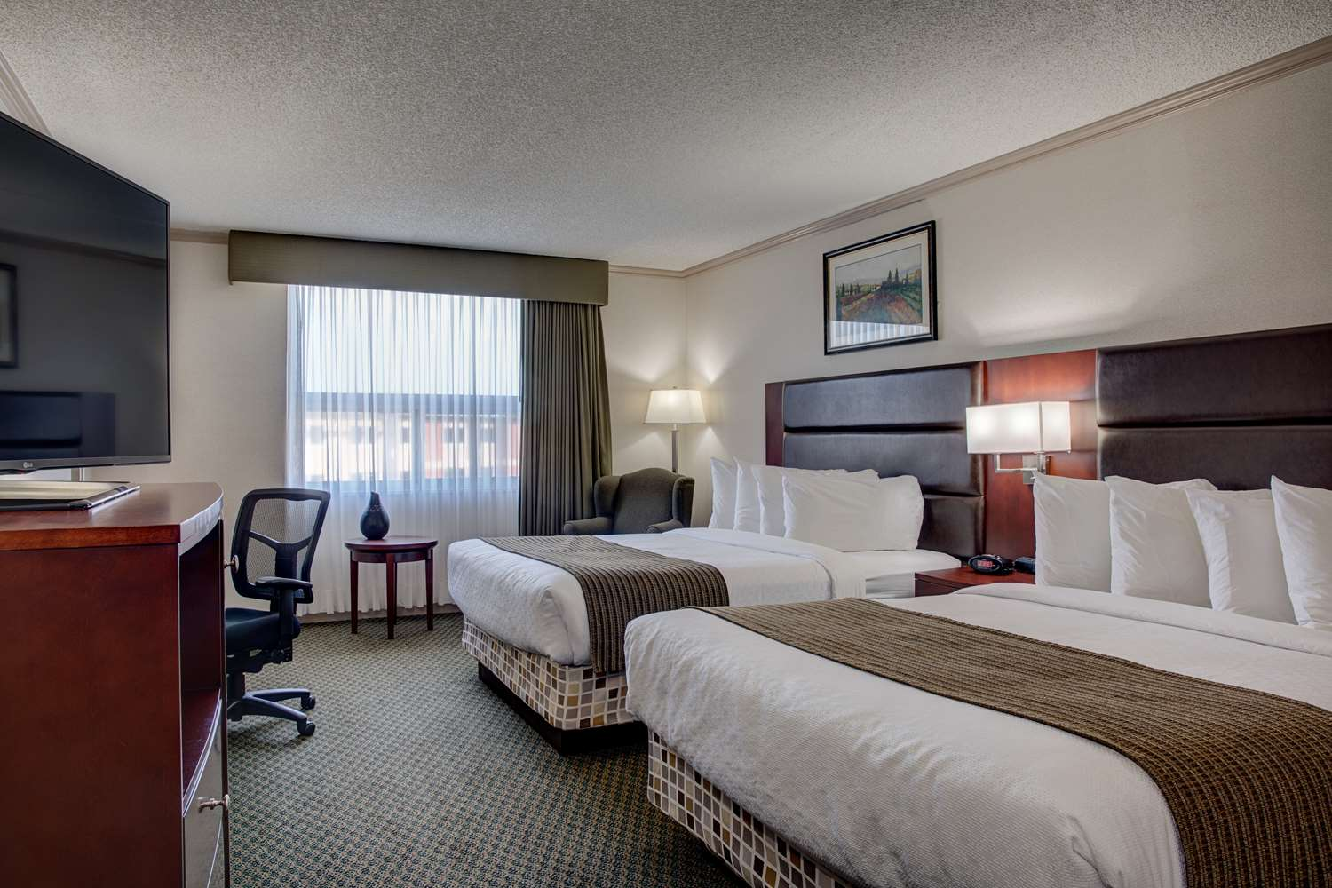 Room - Best Western Plus City Centre Inn Edmonton