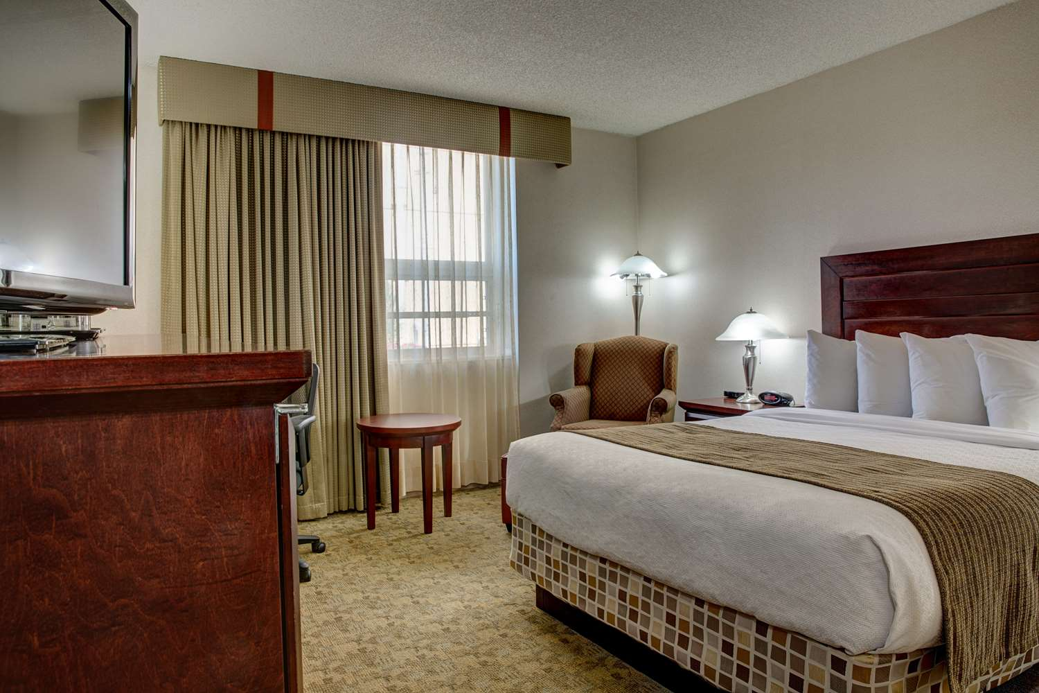 Suite - Best Western Plus City Centre Inn Edmonton