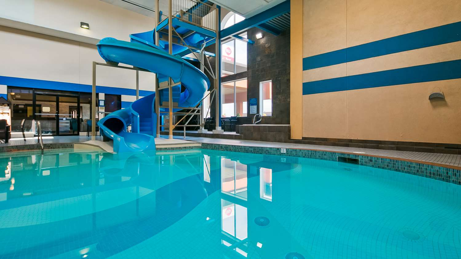Pool - Best Western Plus City Centre Inn Edmonton