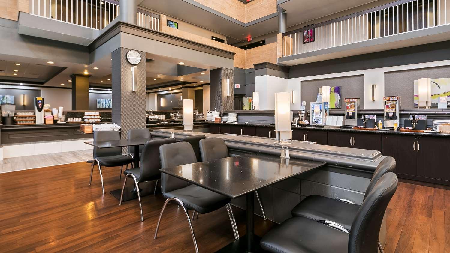 Restaurant - Best Western Plus Village Park Inn Calgary
