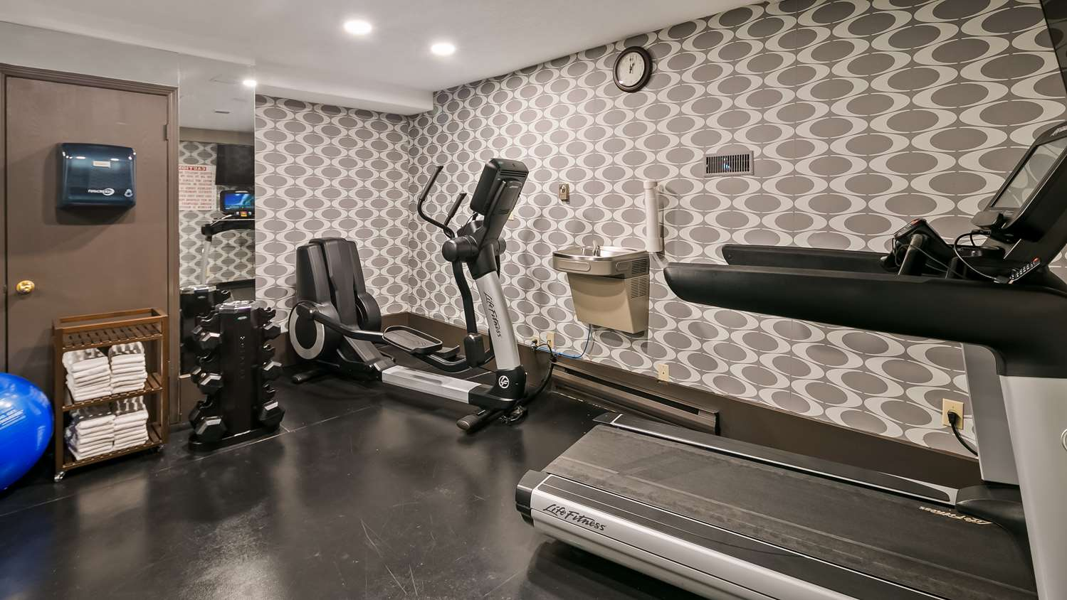 Fitness/ Exercise Room - Best Western Hotel Airport Calgary