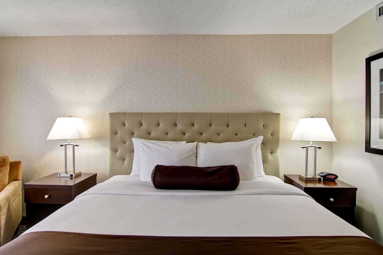 Room - Best Western Cedar Park Inn Edmonton