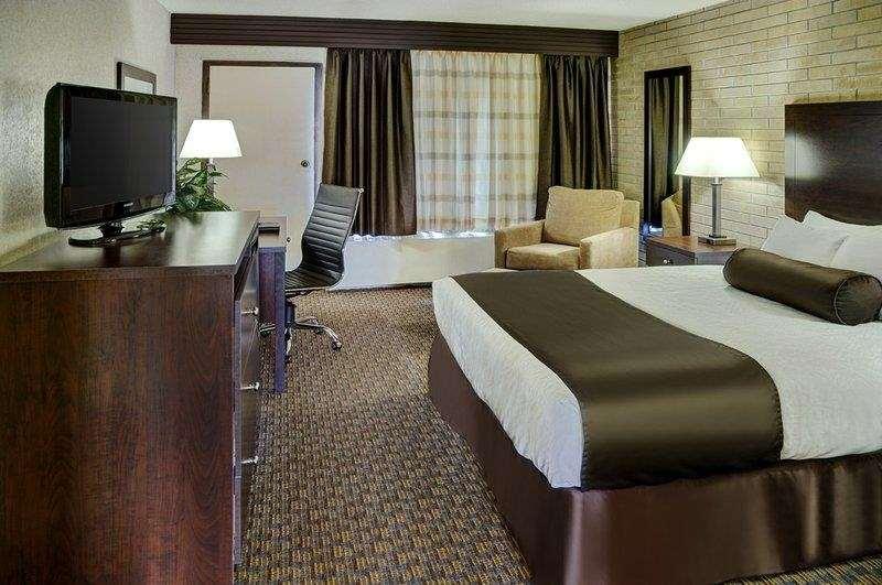 Suite - Best Western Cedar Park Inn Edmonton