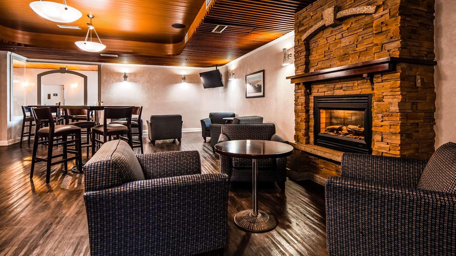Bar - Best Western Cedar Park Inn Edmonton