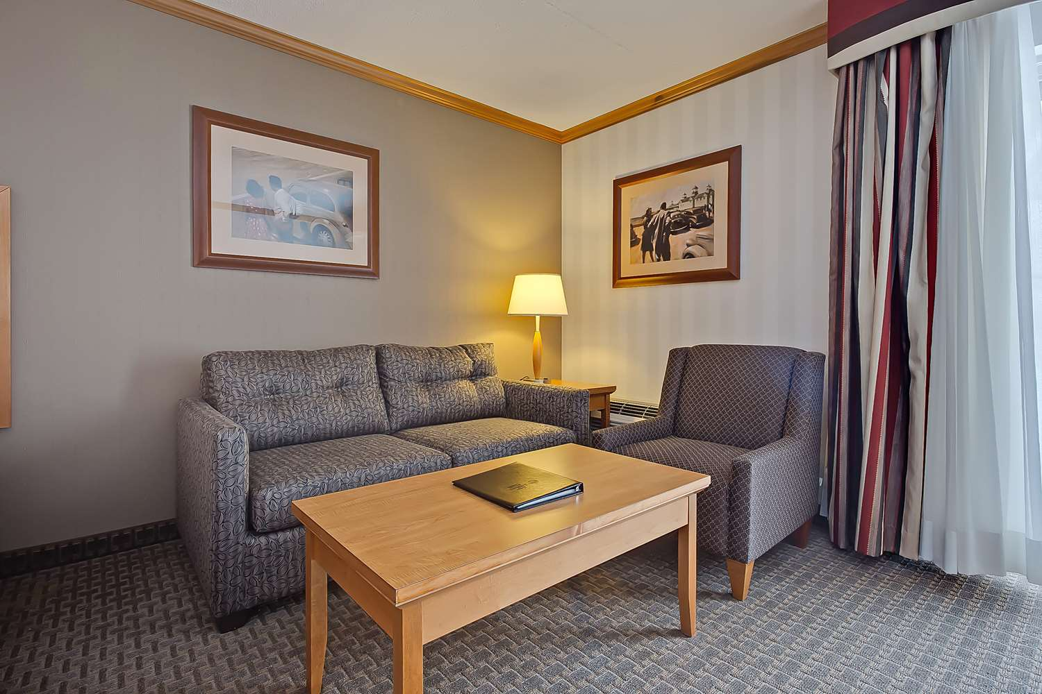 Room - Best Western Plus Port O'Call Hotel Airport Calgary