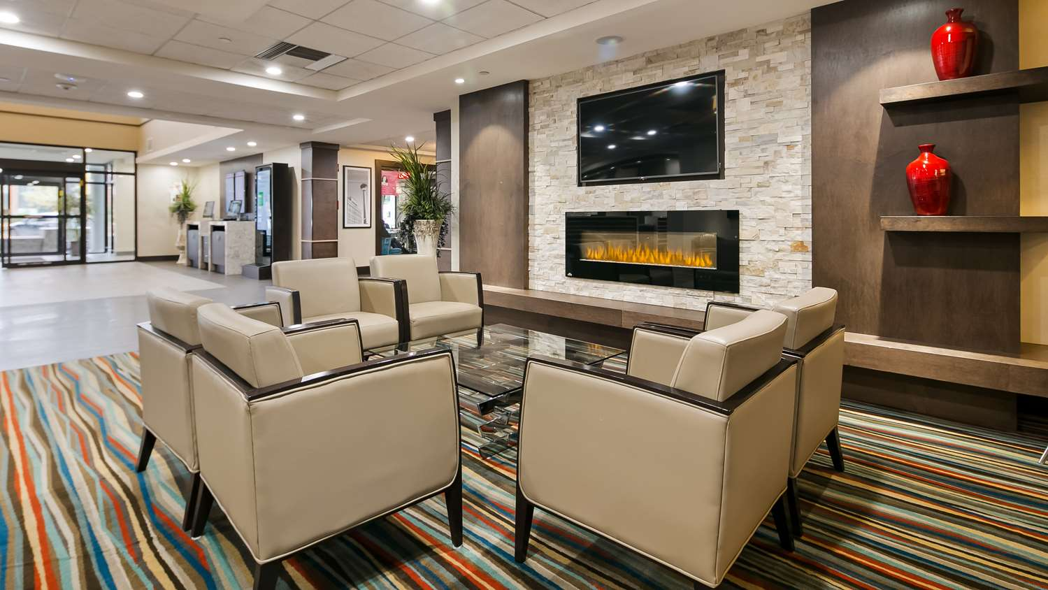 Lobby - Best Western Plus Port O'Call Hotel Airport Calgary
