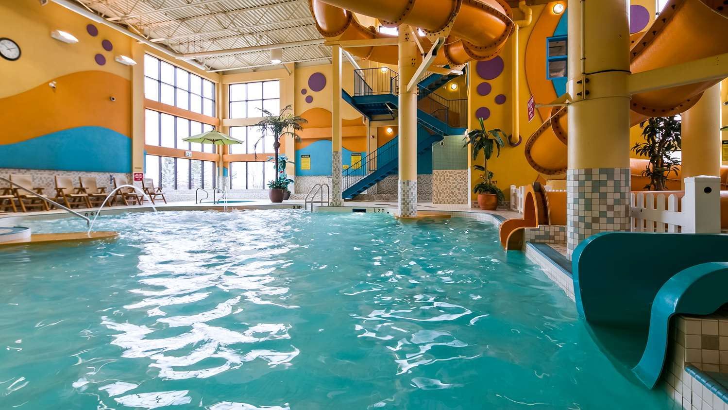 Pool - Best Western Plus Port O'Call Hotel Airport Calgary