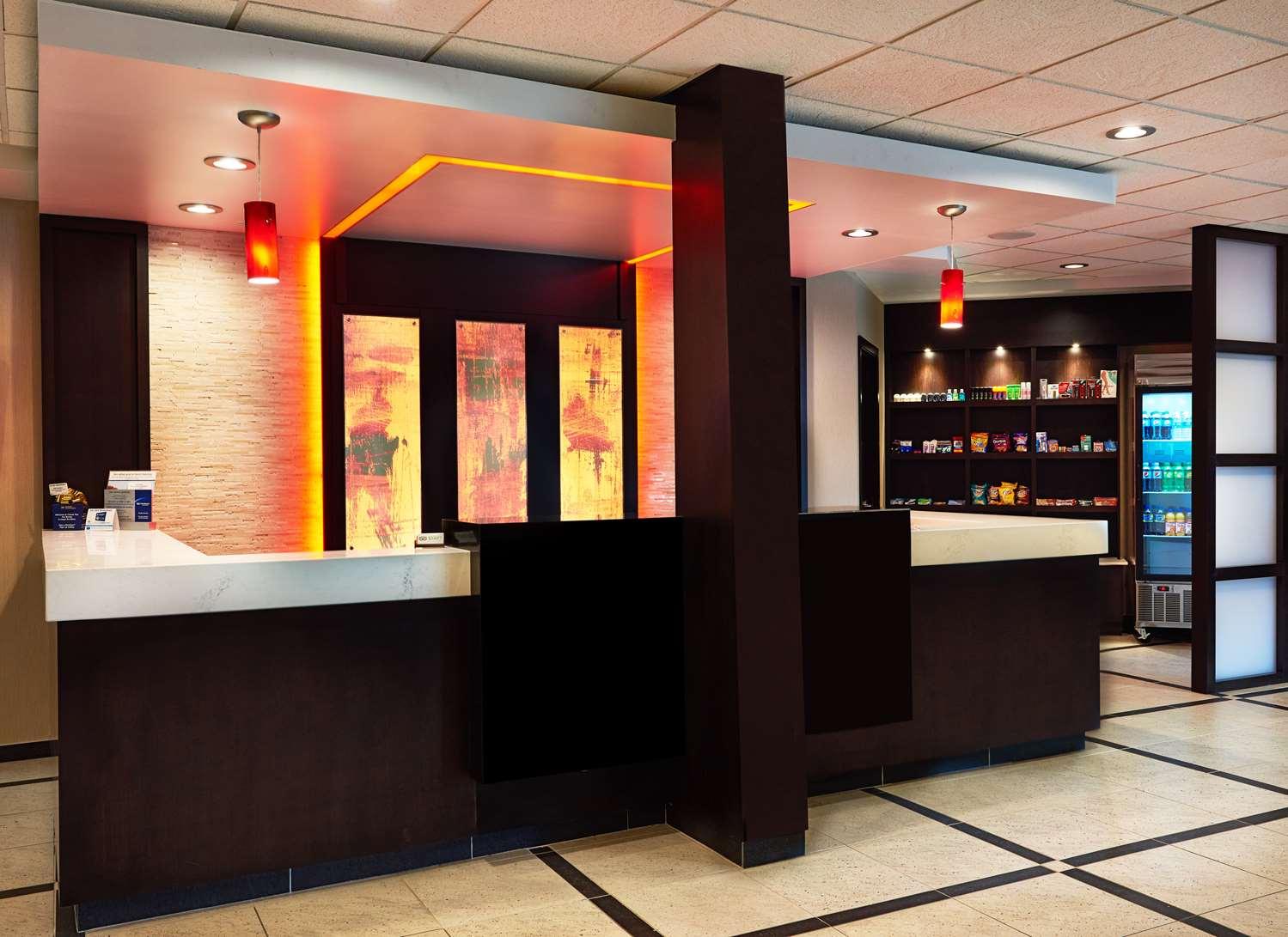 Lobby - Best Western Premier Denham Inn & Suites Leduc