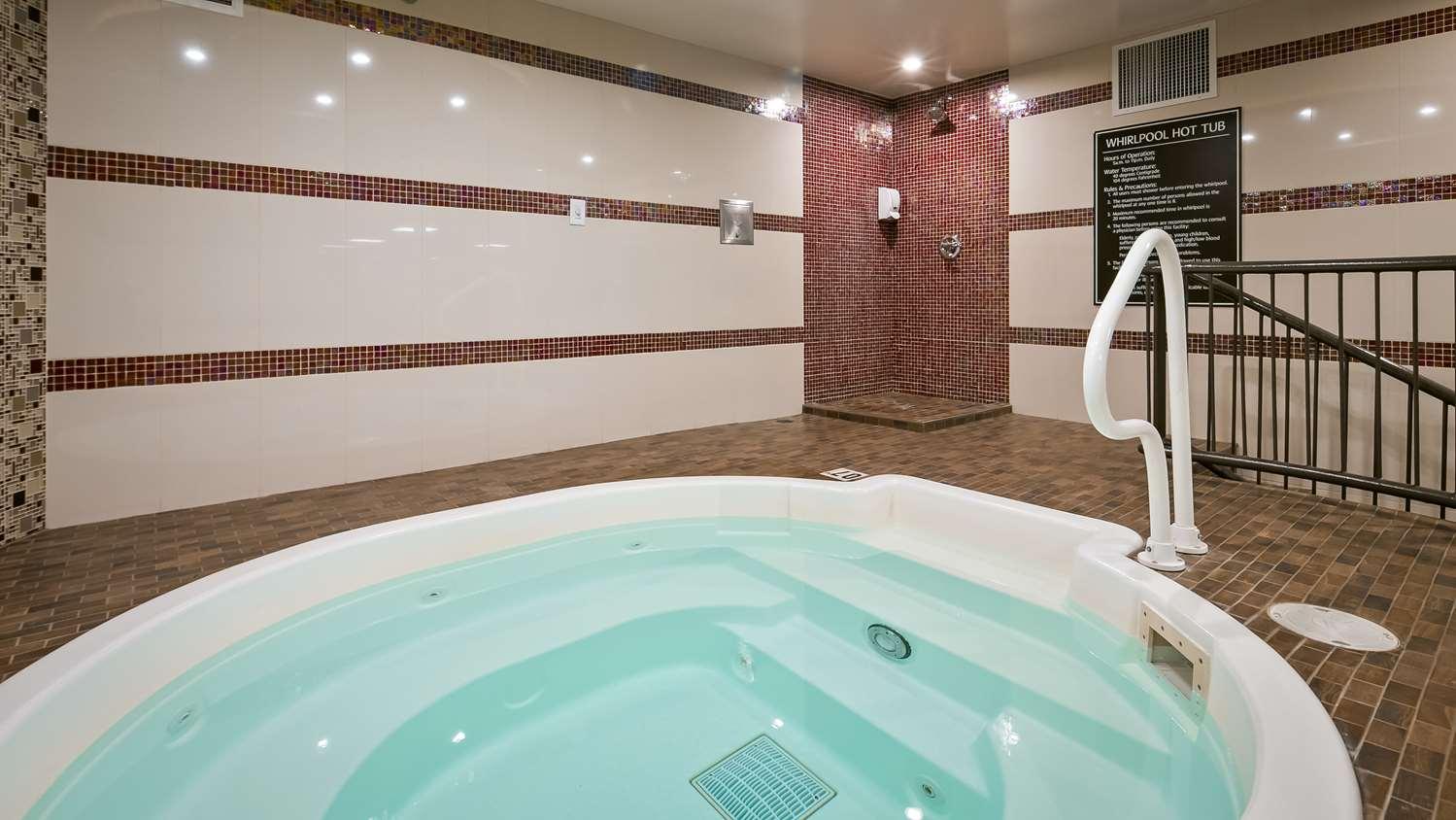 Spa - Best Western Premier Denham Inn & Suites Leduc
