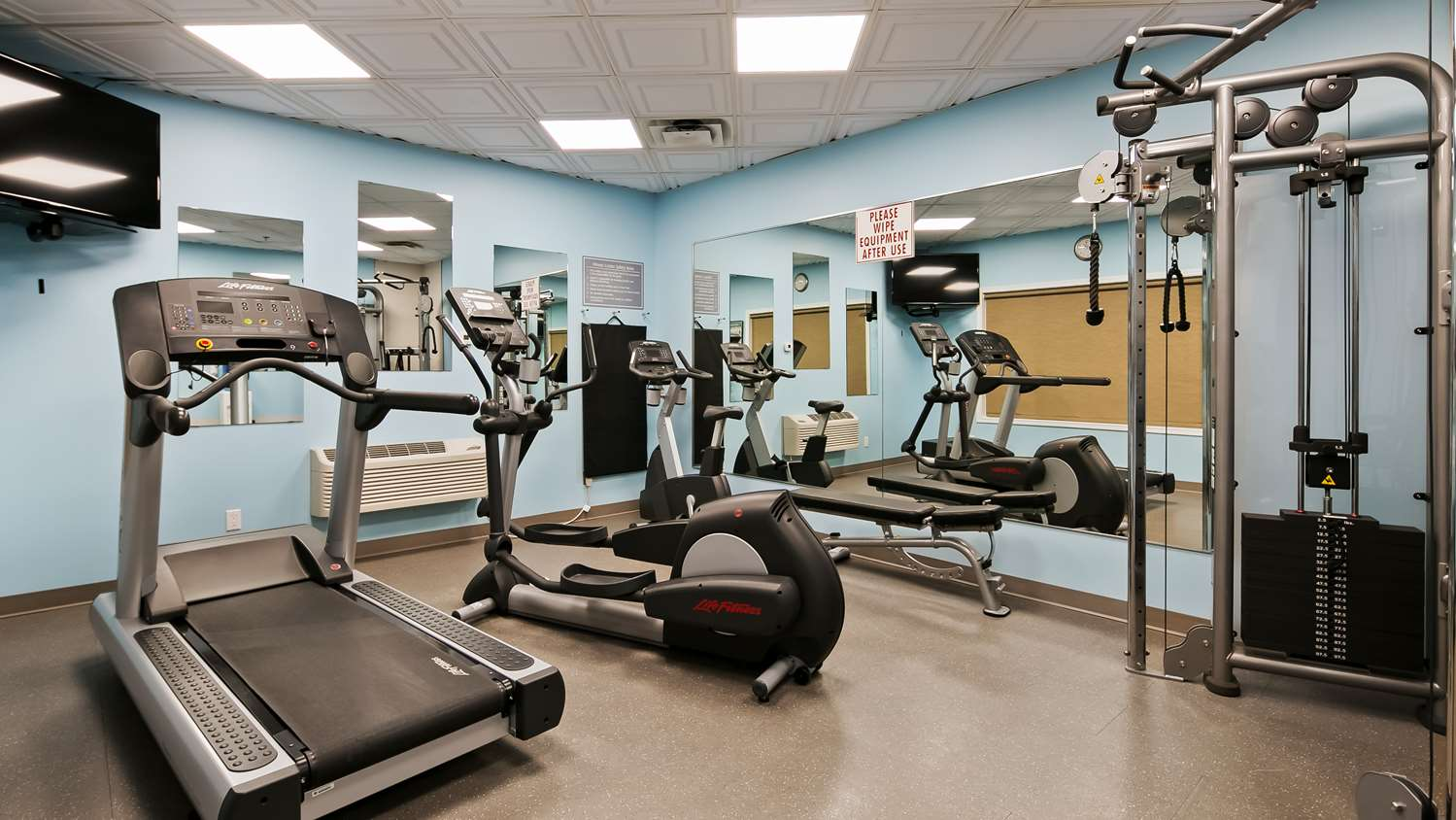 Fitness/ Exercise Room - Best Western High Road Inn Edson