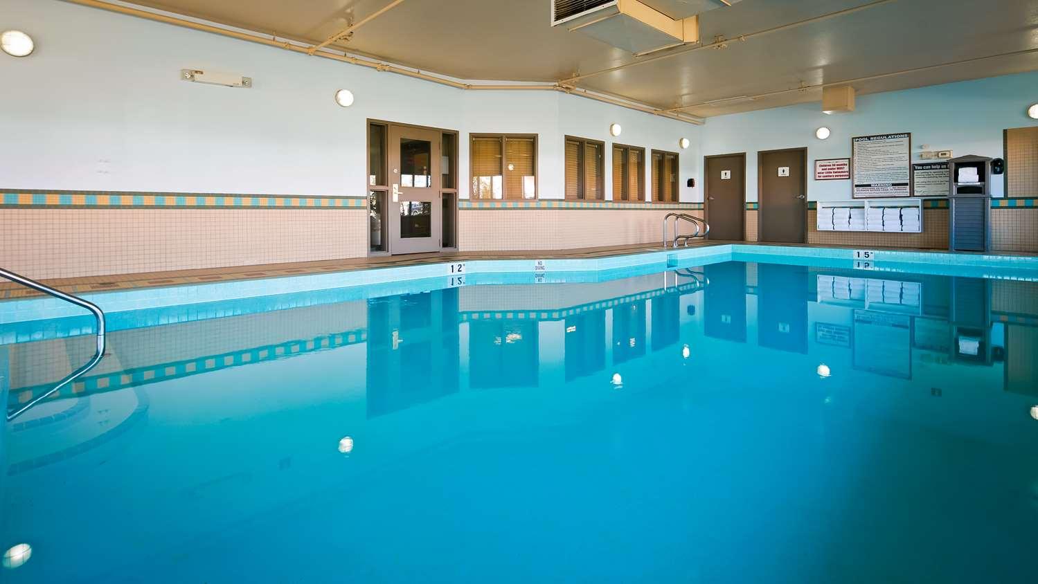 Pool - Best Western Grande Prairie Hotel & Suites